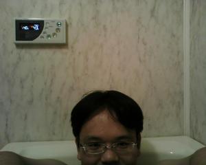 風呂の中でパソコン