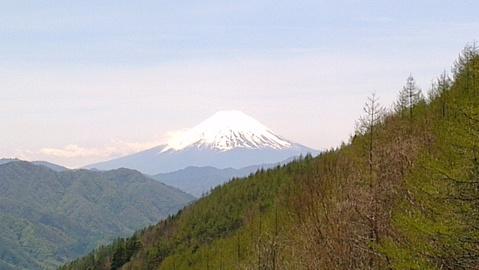 柳沢峠から富士山