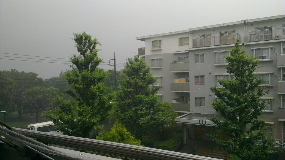 出発時は大雨