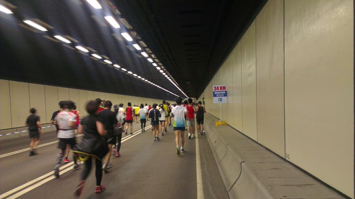 西区海底隧道