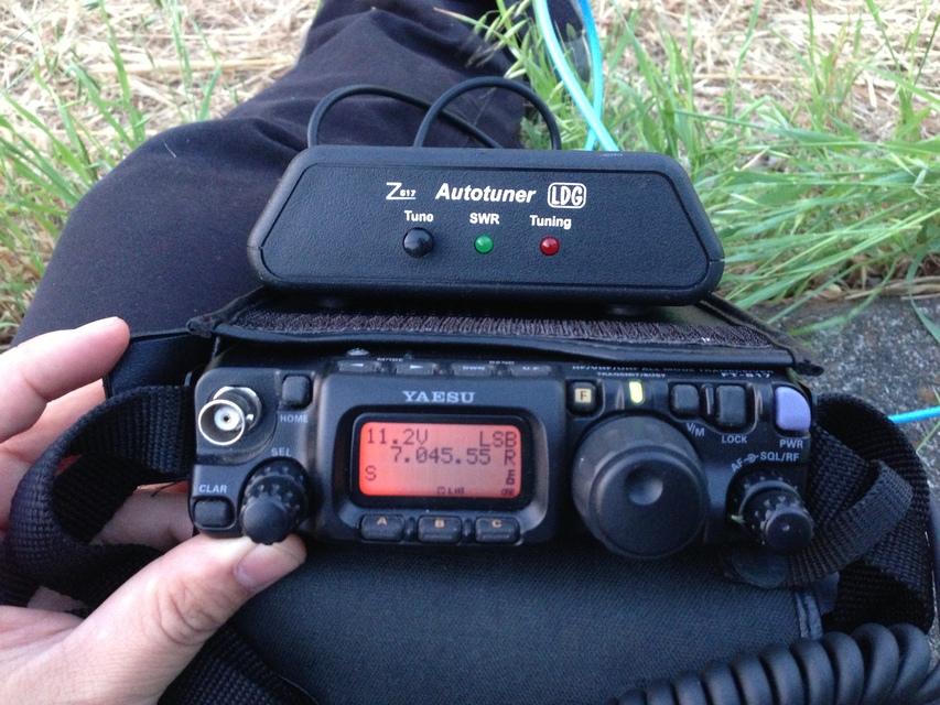 FT-817 と Z-817 Antenna tuner