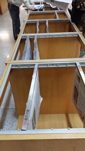 深圳図書館の新聞コーナー