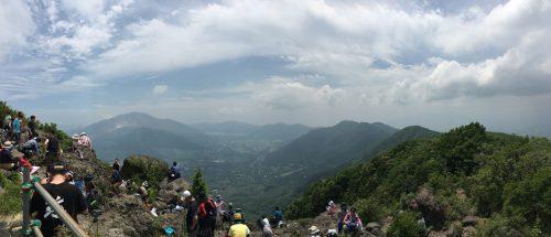 金時山から芦ノ湖方面を望む
